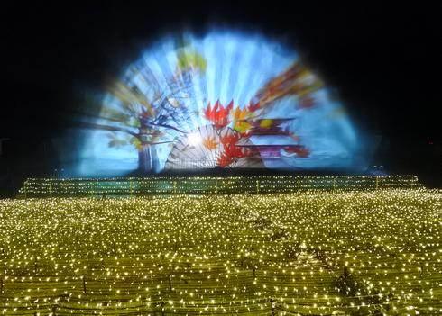スプラッシュシアター!噴水で見る3D映像、福山みろくの里に登場