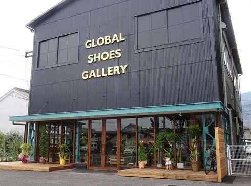 バルカカフェ、広島県府中市にシューズギャラリー一体型カフェ登場