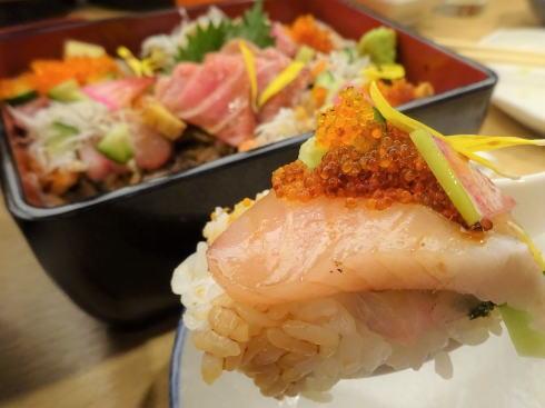 横川駅 楽多来屋(らくたきや) 海鮮ちらし玉手箱2