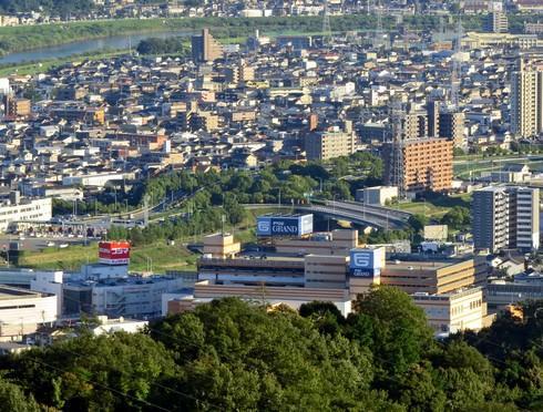 TOHOシネマズ緑井の場所は、広島ICからすぐ