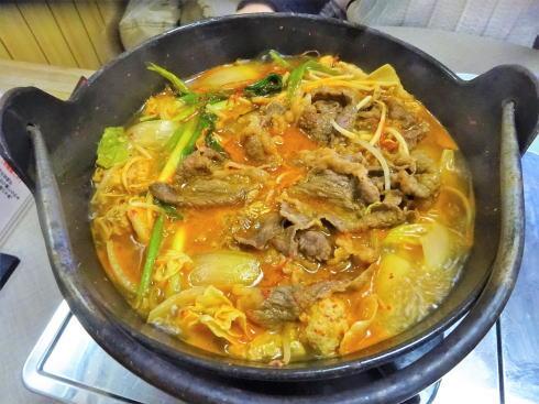 尾道市 米徳 肉鍋の写真3