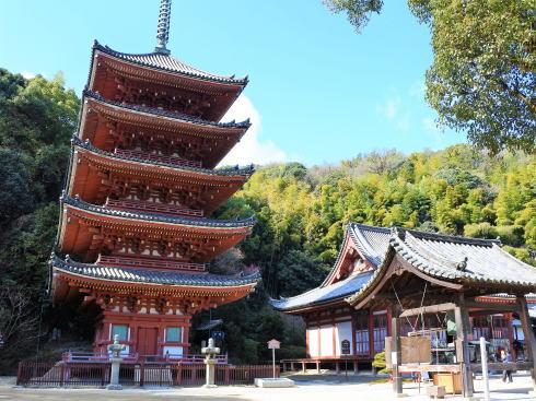 福山市 明王院、五重塔など国宝指定の建造物自由に見物