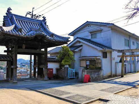 尾道市 宝土寺境内からさくらカフェ