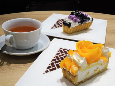 カフェコムサ 福屋広島駅前店 ケーキの写真