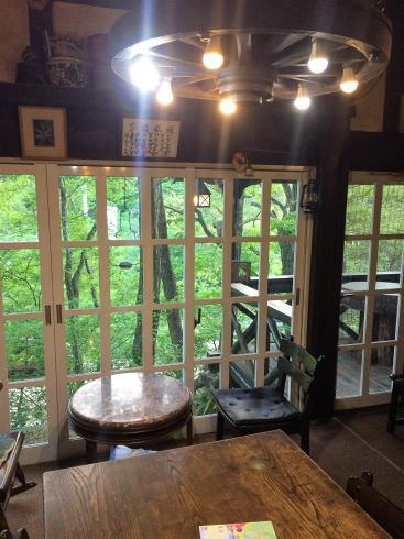 安芸太田町 山荘HANAKI(ハナキ)店内の様子