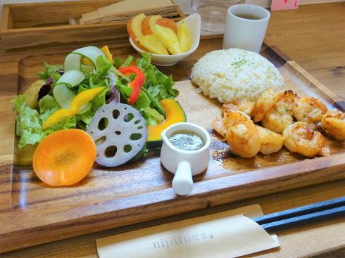 福山市 nijiiro喫茶。ランチ ガーリックシュリンプ