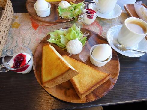 広島市南区 ボヌールケイ モーニングのトースト