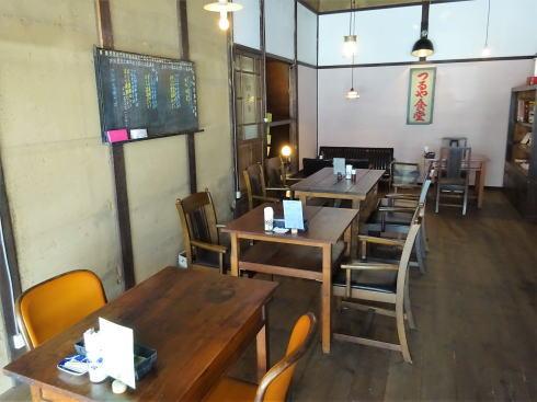 北広島町大朝 つるや食堂(TSURUYA)店内の様子2