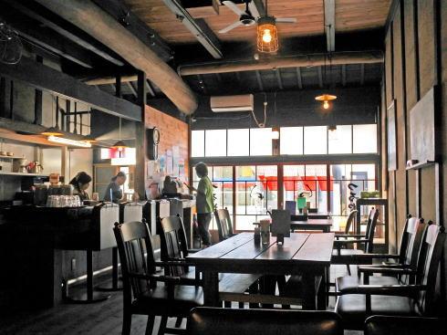 北広島町大朝 つるや食堂(TSURUYA)店内の様子