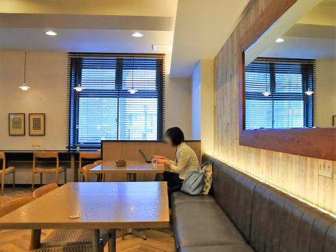 広島アンデルセン 2階カフェ の店内の様子2