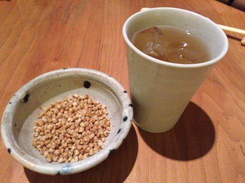 広島市中区 板蕎麦 香り家 先付けとお茶