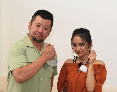 大阪出身ケンコバ・岡田結実が見つけた、広島お好み焼きの魅力とは?