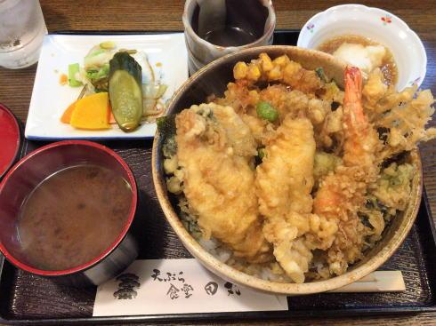 天ぷら食堂田丸、揚げたてアツアツ本格天ぷら気軽に