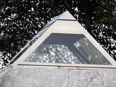 福岡県八女市 平和の塔の写真