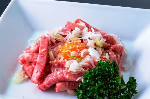 焼肉ふるさと 広島駅前に黒毛和牛ユッケ食べられる「肉マニア」の店