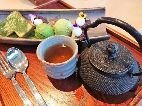 和カフェ まるたか堂、天満屋緑井・日本茶専門店で和スイーツ