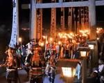 乙九日炎の祭典、北広島町で武者たちによる松明行列など