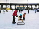 福山のスケート場、メモリアルパークの冬季限定アイスアリーナ!