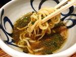 魚介の旨みと極太麺、麺鮮醤油房 周月のつけそば・油そば