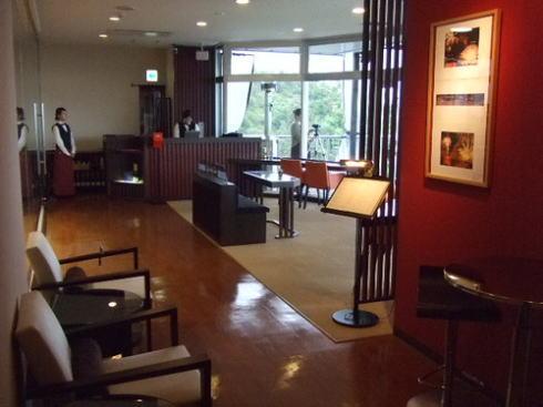 海の見える杜美術館 館内のカフェ カフェ・ド・ラ・ポスト