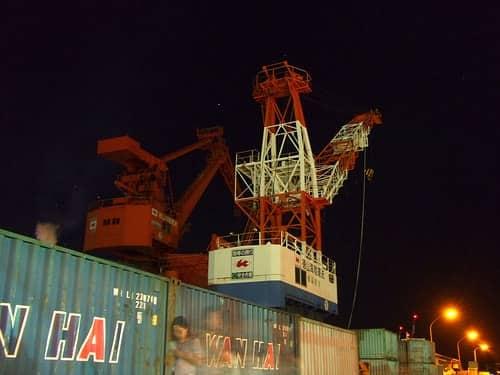 日本丸 海王丸 帆船が徳山港に