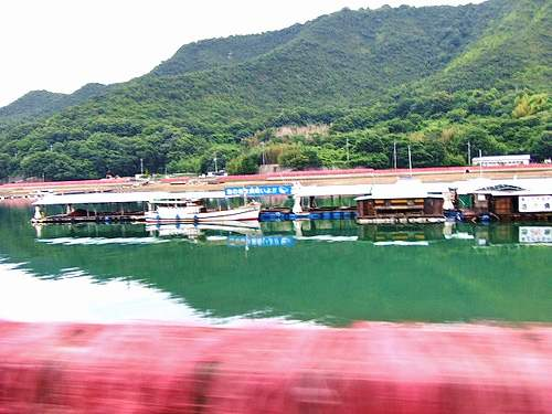 内海町・田島の筏