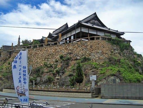 鞆の浦 対潮楼(福禅寺)のお座敷から、絵のような絶景をご覧あれ