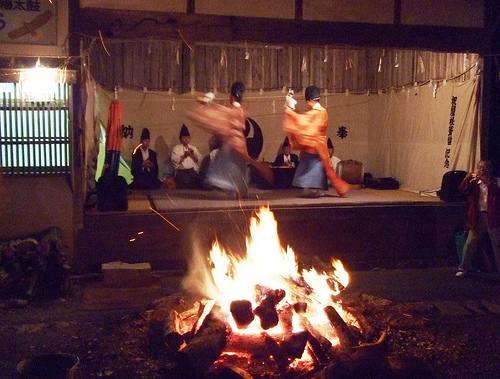辻八幡の神殿入(こうぞのり)2
