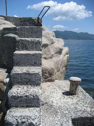 安渡島灯台 能美島 画像4