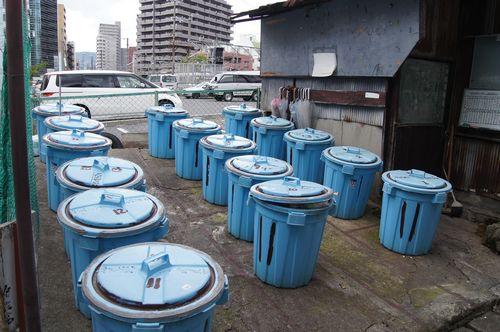 広島駅前アパートのゴミ箱