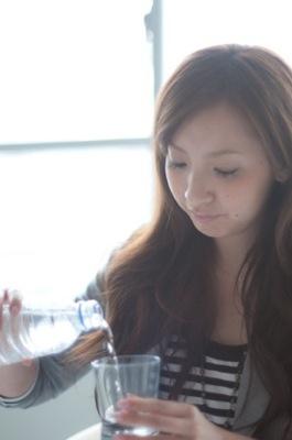 ペットボトル症候群、ゼロカロリーでも危険?夏に注目の病気 チェック