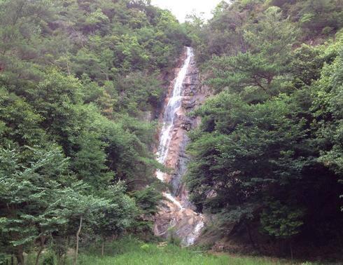 妹背の滝、雌滝