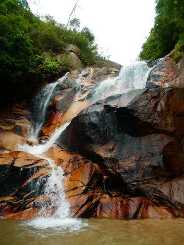 廿日市市大野 妹背の滝で、川遊び!ひんやり天然クーラーで癒し時間