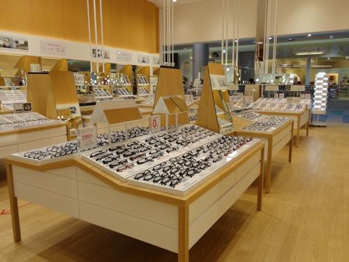 ジンズ(JINS) 広島店の様子3