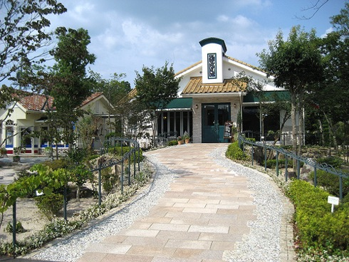 カフェレストラン SUZURAN(スズラン) 三次の自然に囲まれたお店!