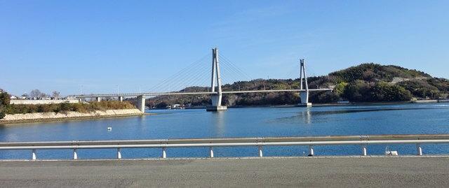大芝大橋と大芝島