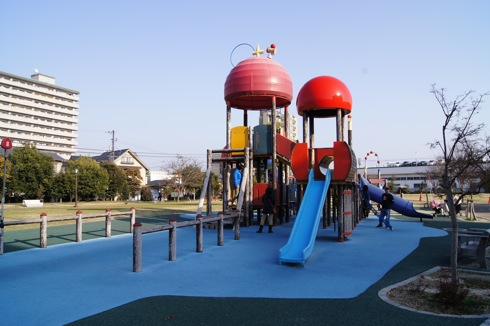 けん玉の町 廿日市市、けん玉がテーマの新宮中央公園は防災公園