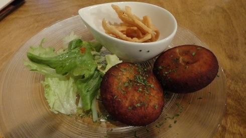 安佐南区 マイカフェ(my cafe) カマンベールチーズ