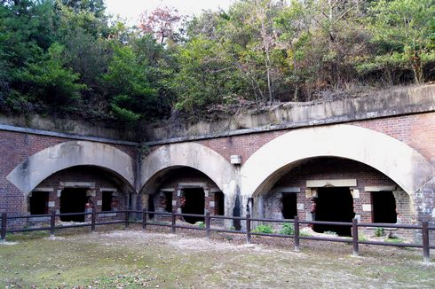 大久野島の砲台跡