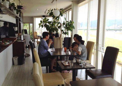 広島のcafe 川辺の四季の店内の様子2
