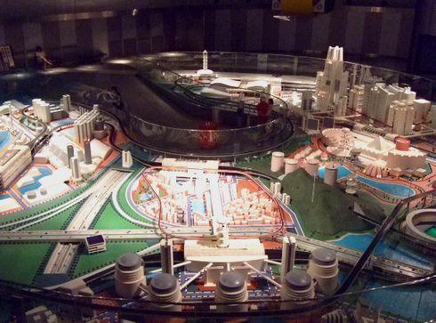 広島市交通科学館 未来のビークルシティ