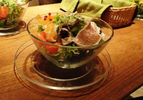カフェ セルロイド(CELLU LOID) コースのサラダ