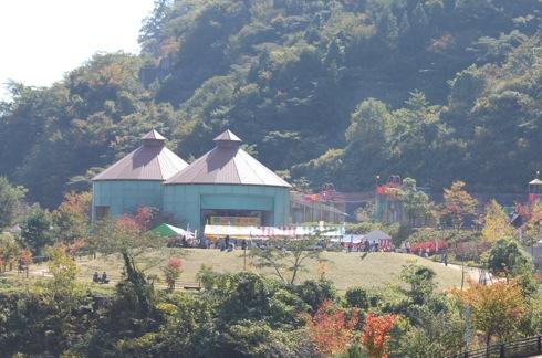龍姫湖まつり(温井ダム祭り) ステージイベント広場