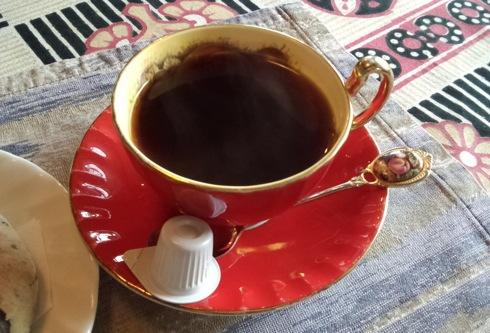 ぬく森 赤いコーヒーカップ