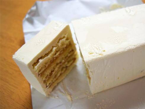 バタークリームケーキ ケークオブールの画像