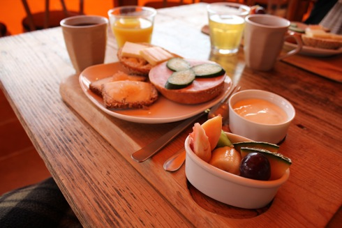 廿日市市 フェルダーシェフ ドイツの朝食セット