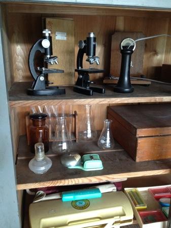 神石高原 学校食堂 顕微鏡など