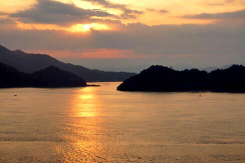 きのえ温泉ホテル清風館 から見る朝日