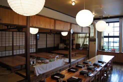 毛利元就弁当 は御里茶屋で食べる