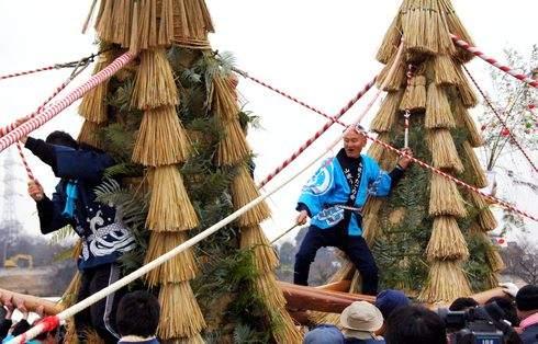 山波とんど、尾道で歳神送る 貴重な伝統行事